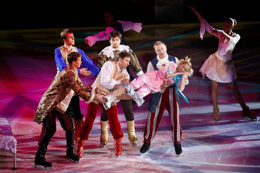 Спектакль на льду 12 месяцев в Санкт Петербурге
